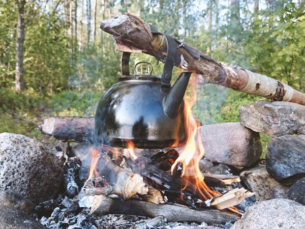 Muurikka konvička nad oheň Campfire